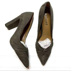 Report size 8.5 Yachel heels NWOT